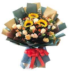 3朵向日葵,11朵香槟玫瑰,青春与温暖