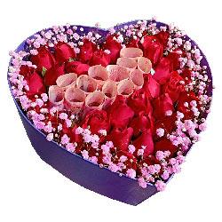 33朵红玫瑰礼盒,让我一辈子照顾你