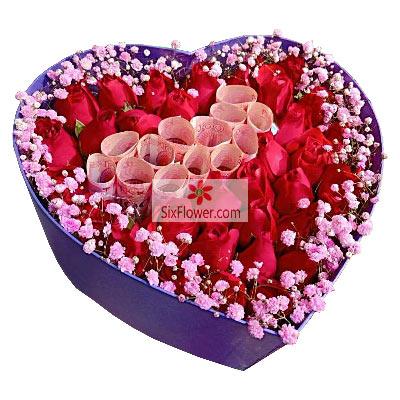 33朵红玫瑰礼盒,让我一辈子照顾…