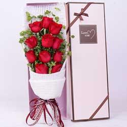 11朵红玫瑰,想起你我不再寂寞