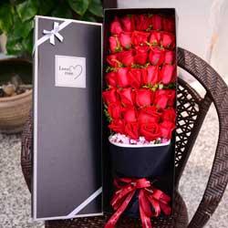 34朵红玫瑰,礼盒装,你就是我要珍惜的人