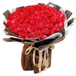 99朵红玫瑰,爱恋的点点滴滴