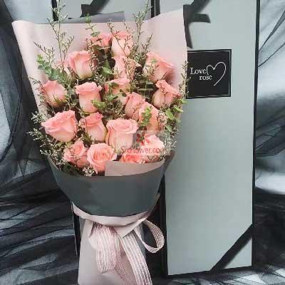 19朵戴安娜粉玫瑰,礼盒装,给你一生不变的爱