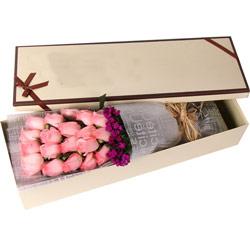 19朵戴安娜玫瑰,礼盒装,只需有你在