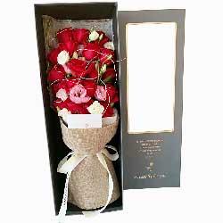19朵香槟玫瑰,礼盒装,喜欢你的人