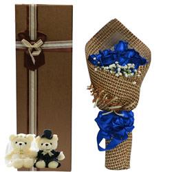 9朵蓝色妖姬,礼盒装,等待你的出现