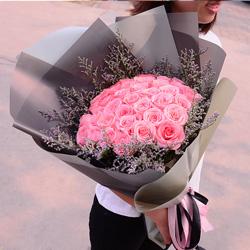 33朵戴安娜粉玫瑰,温柔的爱情