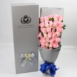 33朵戴安娜粉玫瑰,爱情的味道