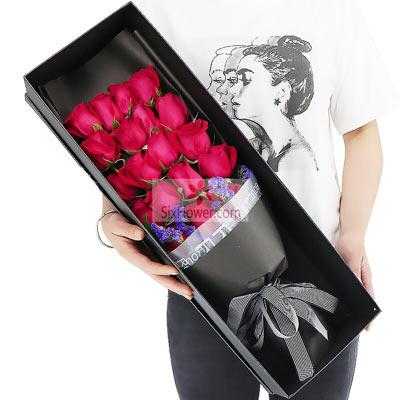 18朵红玫瑰,礼盒装,愿为你送上一片温暖