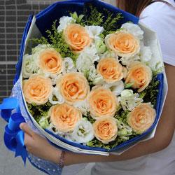 11朵香槟玫瑰,16朵桔梗,甜蜜的爱