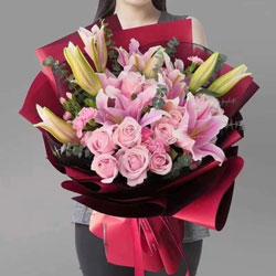 18朵戴安娜粉玫瑰,玫瑰代表我的心