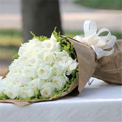 29朵白玫瑰,幸福甜蜜永远在你我的心头