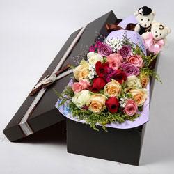 19朵玫瑰,礼盒装,爱陪伴着你