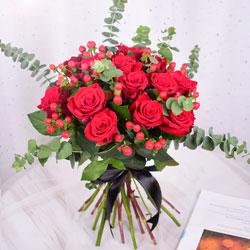 11朵红玫瑰,情不变爱不移