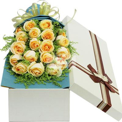 19朵香槟玫瑰,礼盒装,享受甜甜蜜蜜每一天