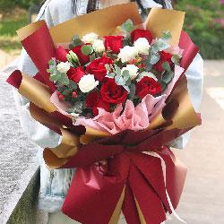10朵红玫瑰,9朵白色桔梗,留住一生的幸福