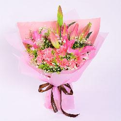 11朵粉色康乃馨,2支粉色多头百合,永远爱您