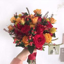 11朵红玫瑰,桔梗黄金球,人生的新篇章