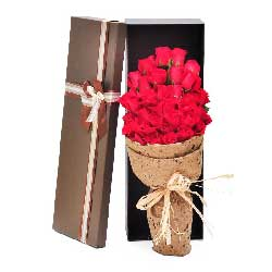 29朵红玫瑰,礼盒装,我爱你就是幸福