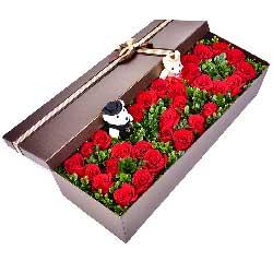 33朵红玫瑰,礼盒装,伴你一生一世也不悔
