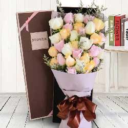 33朵玫瑰花,礼盒装,与你相伴走的更远