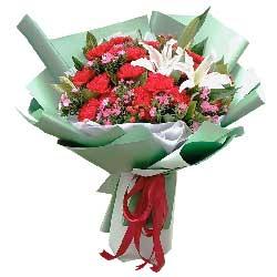 77朵红玫瑰,相爱直到天荒地老