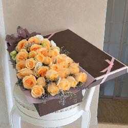 34朵香槟玫瑰,礼盒装,一切是你