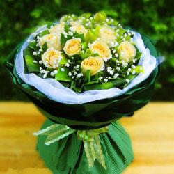 11朵黄玫瑰,无限的赞美与爱恋