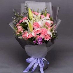 16朵粉色康乃馨,戴安娜粉玫瑰百合,真心的祝愿