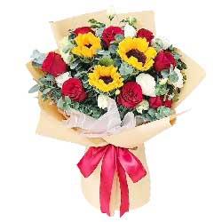 9朵红玫瑰,3朵向日葵,最真挚的祝福