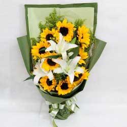 9朵向日葵,2支白色多头百合,健康与快乐