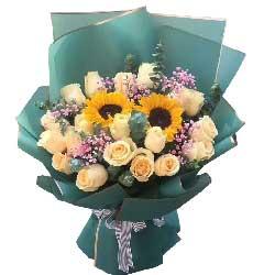 19朵香槟玫瑰,2朵向日葵,多么值得回忆的时光