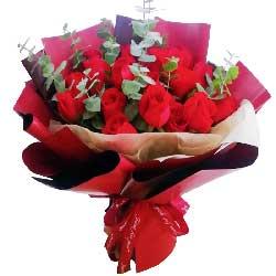 19朵红玫瑰,共度人生年华