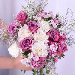 11朵紫玫瑰,手捧花,一见钟情爱上你