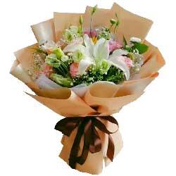 11朵粉玫瑰,2只向日葵,好好的珍惜