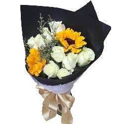 9朵白玫瑰,2朵向日葵,幸福相随