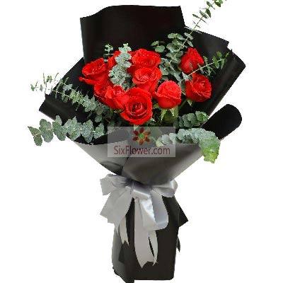 10朵红玫瑰,绵绵情意无比美妙