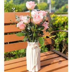 11朵戴安娜粉玫瑰,瓶插花,有你注定春暖花开