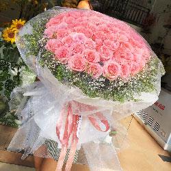 100朵戴安娜粉玫瑰,好好的珍惜你