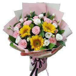 11朵粉玫瑰,3朵向日葵,深情的祝福