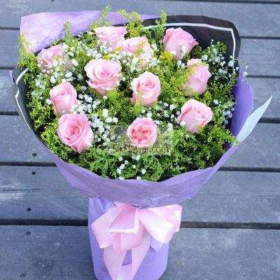11朵戴安娜粉玫瑰,鹊桥搭进彼此…