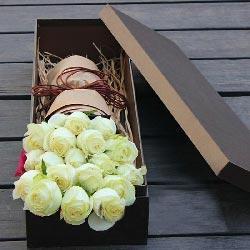 19朵白玫瑰礼盒,一生与你相伴