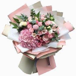 11朵戴安娜粉玫瑰,11朵粉色桔梗,心里只有你