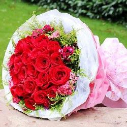 22朵红玫瑰,滋润我们的爱情