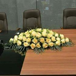 36朵香槟玫瑰会议桌花