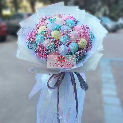 19个各色气球满天星花束,快乐属于你