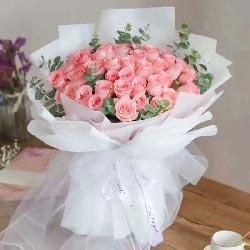 33朵戴安娜粉玫瑰,对一生的爱