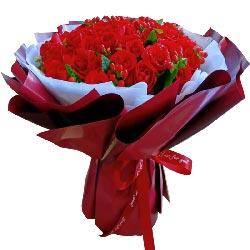 33朵红玫瑰,四季有你是幸福