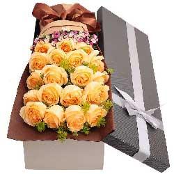 19朵香槟玫瑰礼盒,与你甜蜜人生