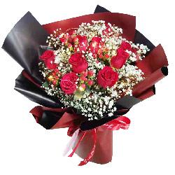 11朵红玫瑰满天星,思念与爱恋